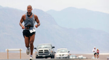 We Interrupt Your Ultra Training Routine To Bring You These 3 Things I Learned From Ultrarunner David Goggins
