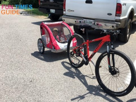 My friend's bicycle trailer set-up.