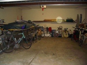 A bike hoist would be great in this garage!