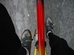 cycling-shoes-and-clipless-pedals-by-scottmoore.jpg