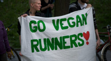Simple Tips For Becoming A Vegan Athlete + 7 Great Protein Sources For Vegan Athletes