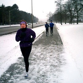 winter-running-by-wmacphail.jpg