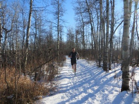 winter-running-in-the-snow